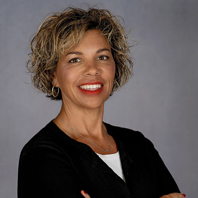Pamela Deaton | Health and Life Insurance Agent | Bloomington, IL 61704