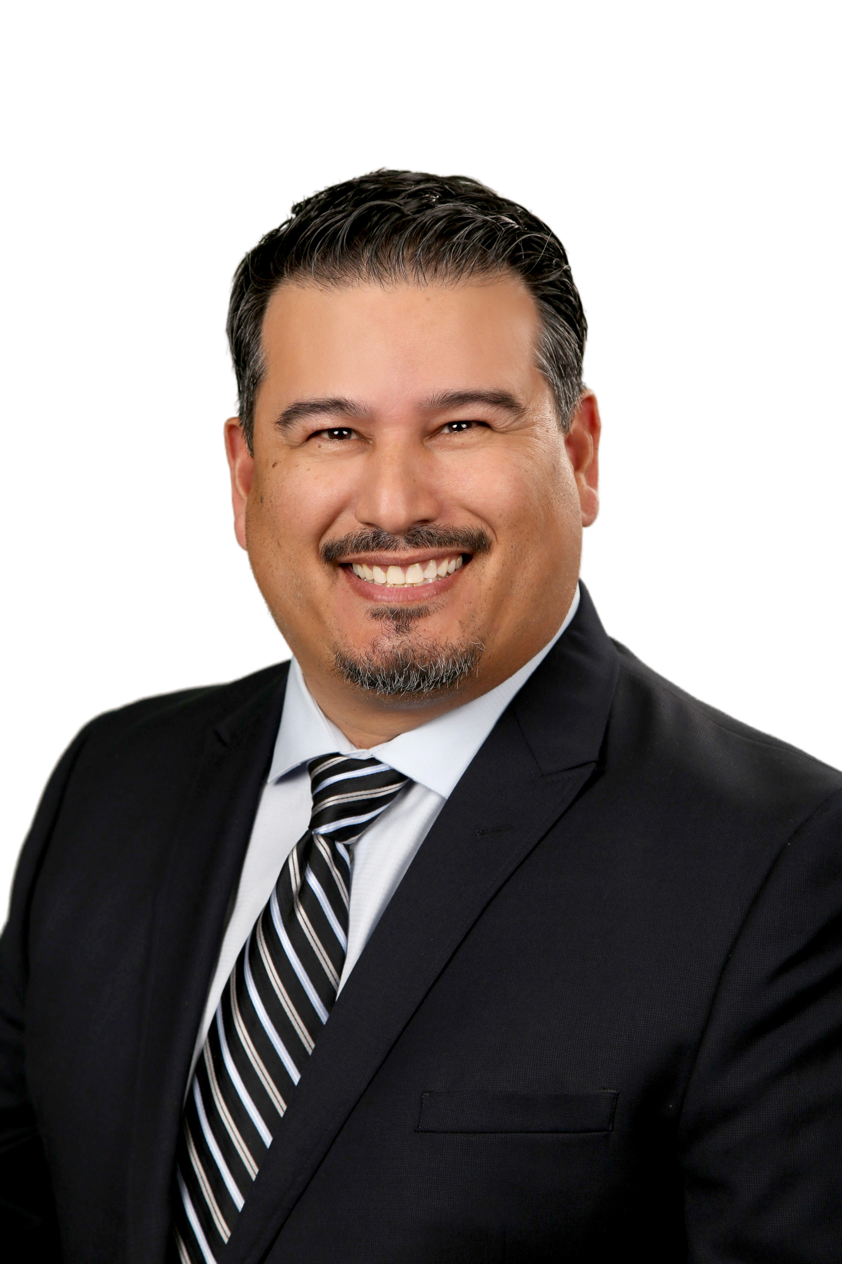 Johnny Pineda | Costa Mesa, CA Small Business Health Insurance | HealthMarkets Licensed Agent