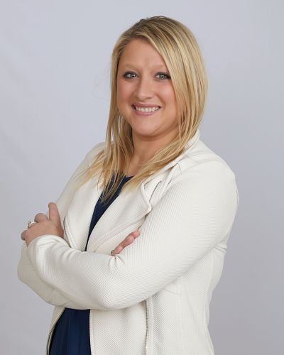 Amber Stoddard | Waverly, NE Small Business Health Insurance | HealthMarkets Licensed Agent